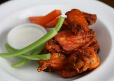 MUSTANG_HARRY'S_Buffalo_Chicken_Wings_Photographed_by_Brogan_and_Braddock_7